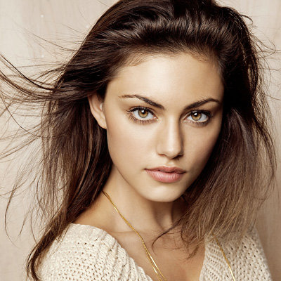 Interview With Phoebe Tonkin on The Vampire Diaries, Bait 3D and Your Zen Life with Teresa Palmer