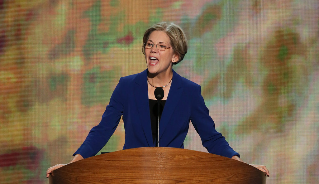 Elizabeth Warren Appeals to the Middle Class