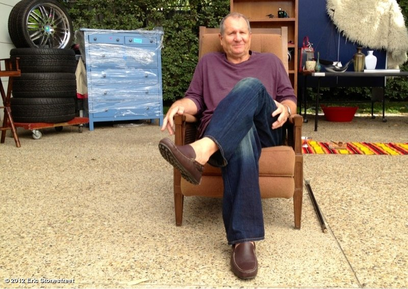 Ed O'Neill took a break on the set of Modern Family. Source: Twitter user ericstonestreet
