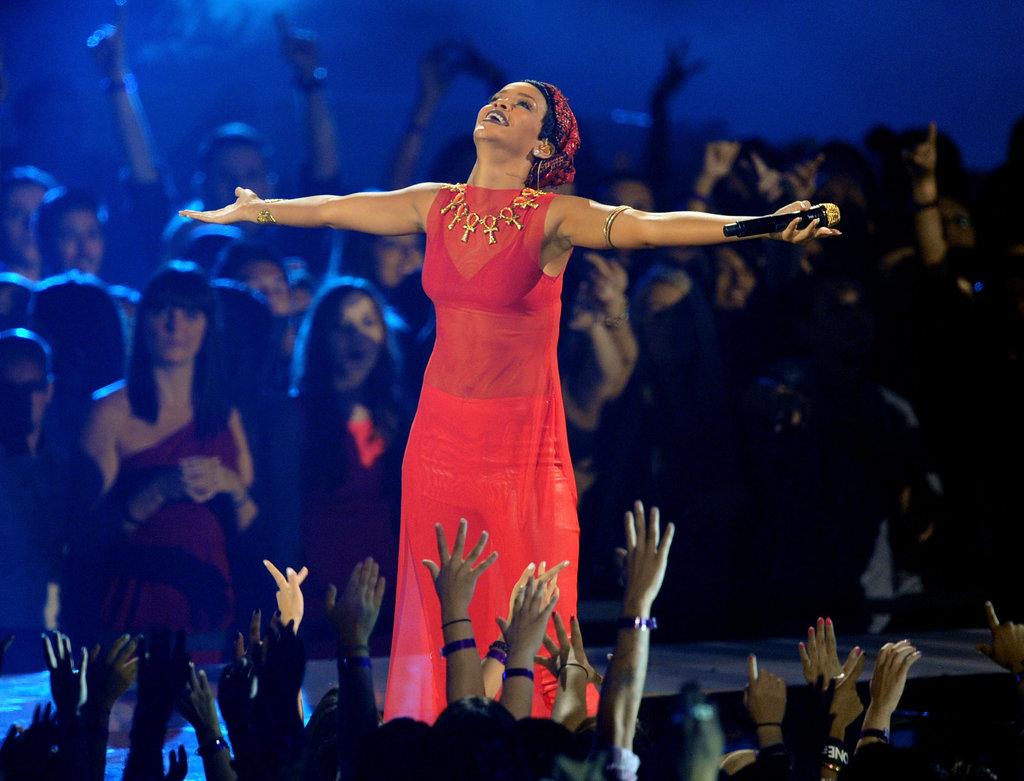 Rihanna performed at the VMAs.