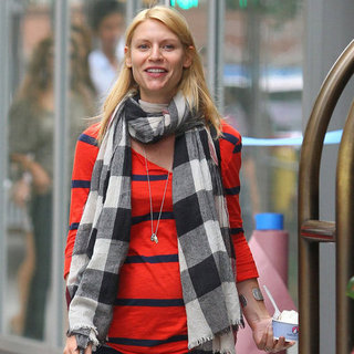 Pregnant Claire Danes Eating Frozen Yogurt in NYC