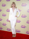 Taylor Swift went sexy at the MTV VMAs in a J. Mendel pantsuit and Tom Ford heels.