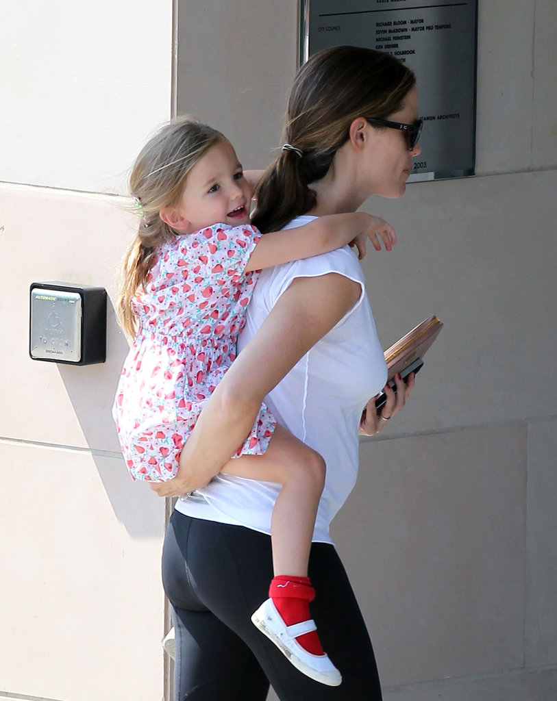 Seraphina Affleck got a piggyback ride from Jennifer Garner.