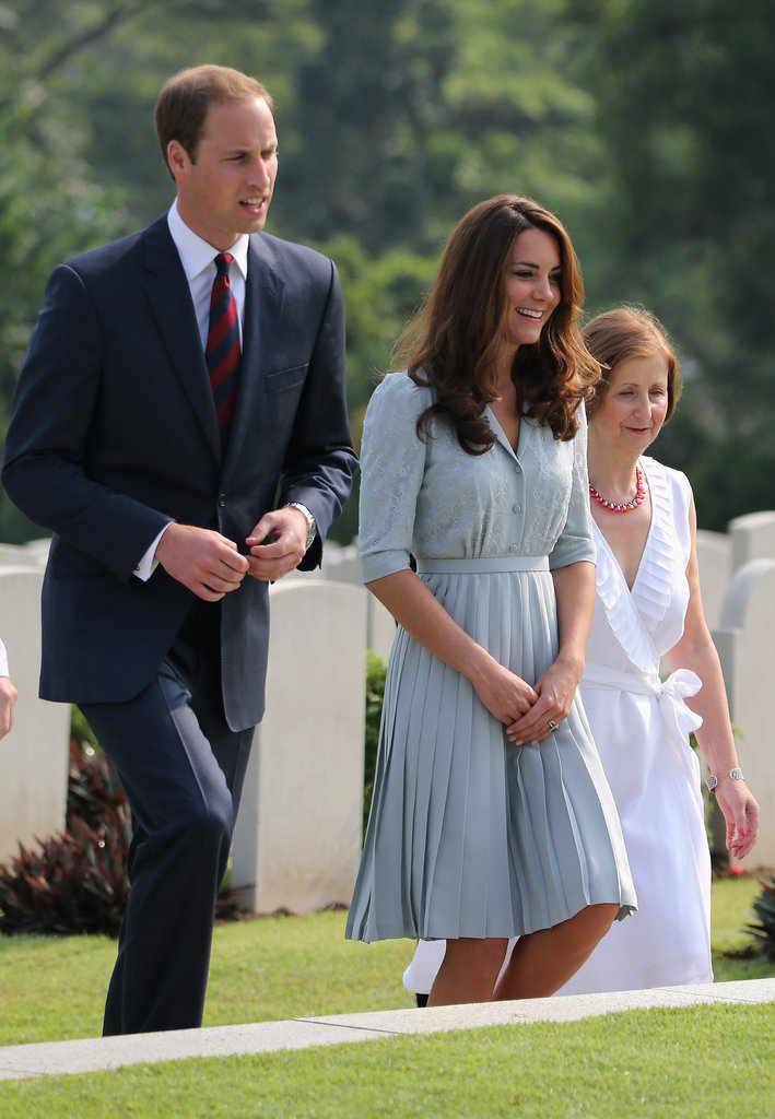 Kate Middleton wore a mint green dress to visit the Kranji War Memorial with husband Prince William in Singapore.