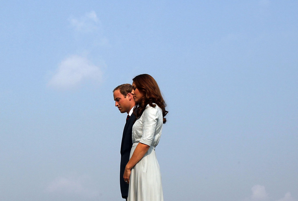 Prince William and Kate Middleton visited the Kranji War Memorial in Singapore.