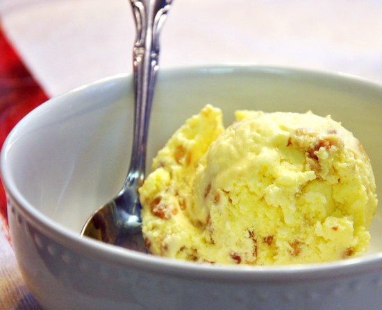Olive Oil and Pine Nut Ice Cream