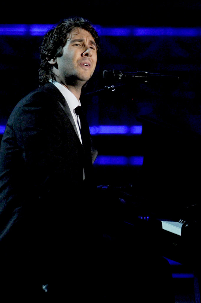 "Josh Groban sang a heartfelt (sarcastic) song while a fake Jimmy Kimmel ""In Memoriam"" montage played."
