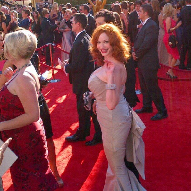 Christina Hendricks greeted fans while strolling the red carpet. Source: Instagram user marcmalkin
