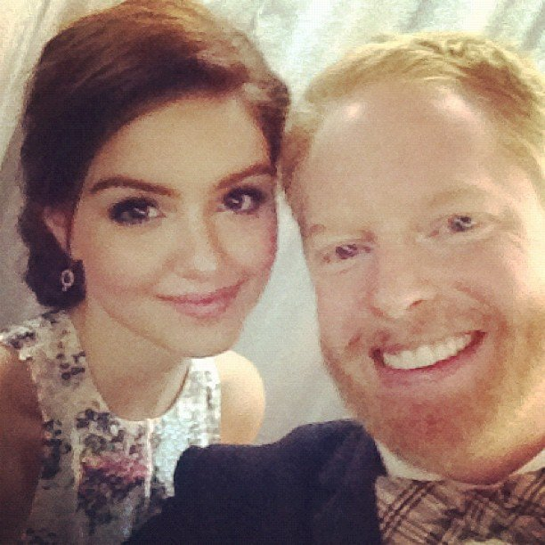 Jesse Tyler Ferguson snapped a pic with his Modern Family costar Ariel Winter at the Emmys. Source: Instagram user jessetyler