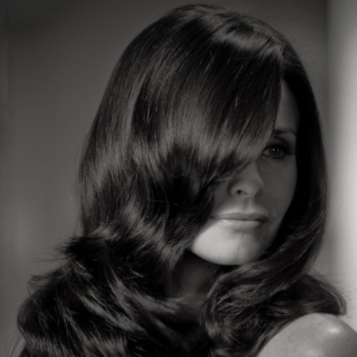 Interview With Pantene Expert Collection Ambassador Courteney Cox On Her Must Have Beauty Products