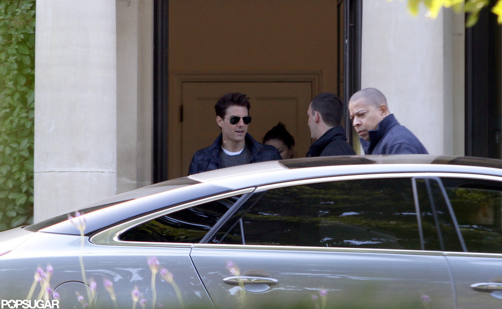 Tom Cruise left his London hotel.