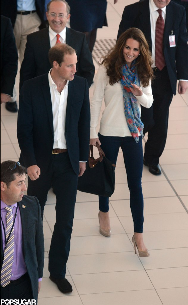Prince William and Kate Middleton walked through the Brisbane airport.