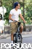 Leonardo DiCaprio biked through Tribeca.