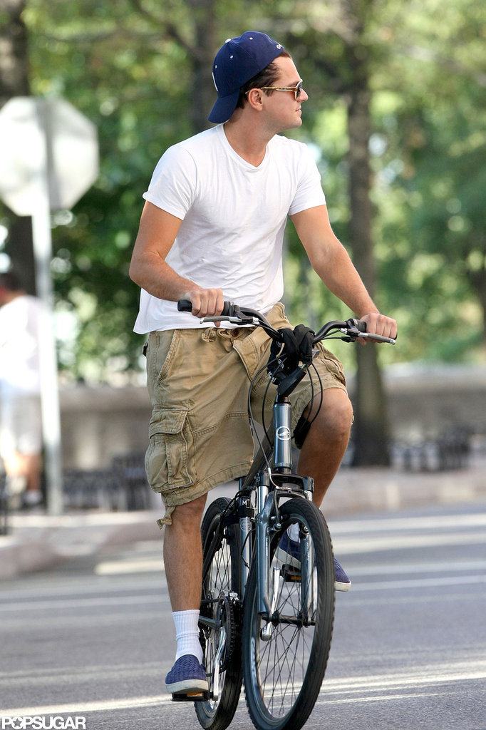 Leonardo DiCaprio biked through Tribeca.
