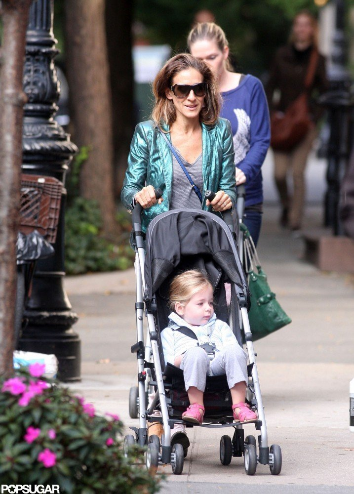 Sarah Jessica Parker Strolls With James Wilkie and Her Twin Daughters