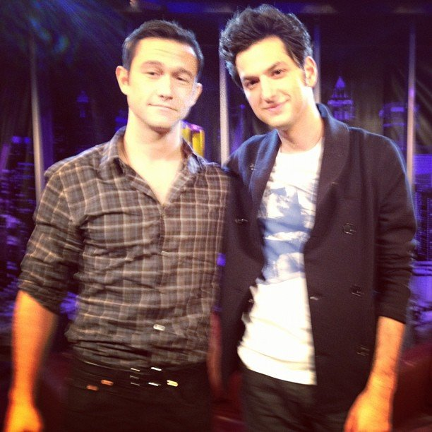 Ben Schwartz snapped a pic with Attack of the Show guest Joseph Gordon-Levitt (aka JoGo). Source: Instagram user rejectedjokes