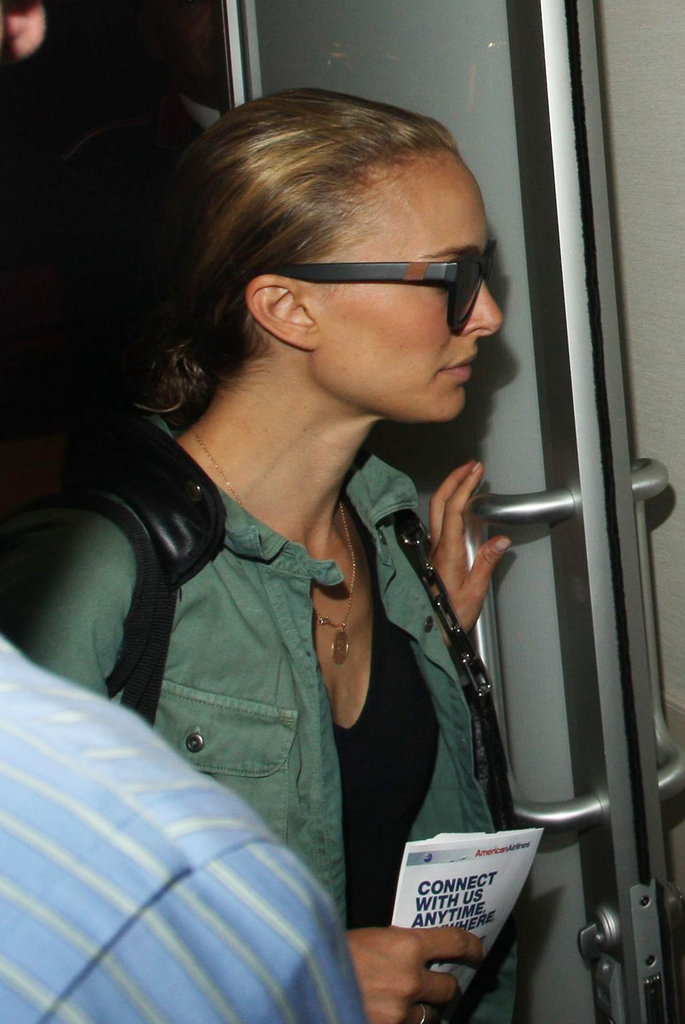 Natalie Portman traveled through LAX.