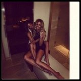 Jennifer Hawkins got tangled up in a leggy embrace with her sister. Source: Instagram user jenhawkins_