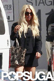 Jessica Simpson carried a bag.
