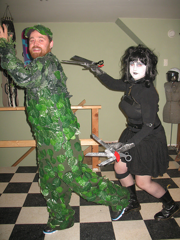 Edward Scissorhands and Bush