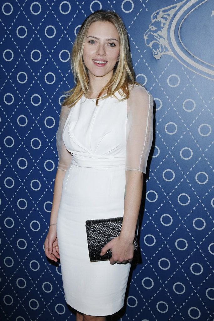 Scarlett Johansson posed for pictures at the Tod's Party for Paris Fashion Week.