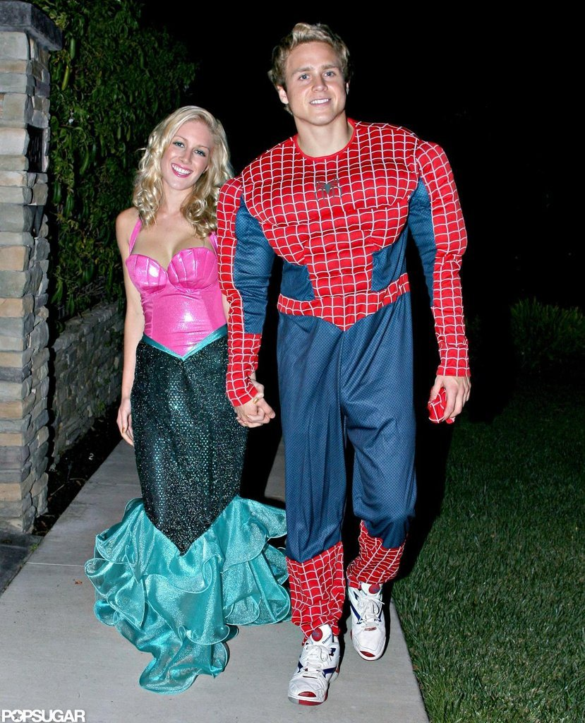 Heidi Montag and Spencer Pratt got into the spirit around LA in 2007.