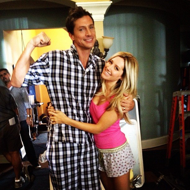 Scary Movie 5 costars Ashley Tisdale and Simon Rex hung out on set. Source: Instagram user ashleytis