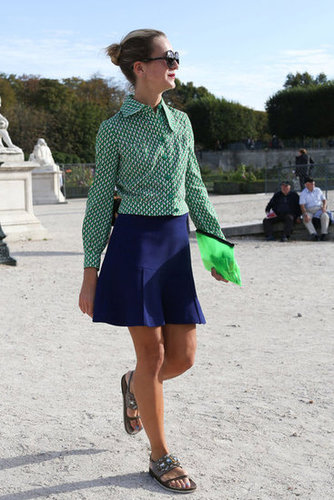 Coordinating shades of green and jeweled footwear caught our attention in this showgoer's look.