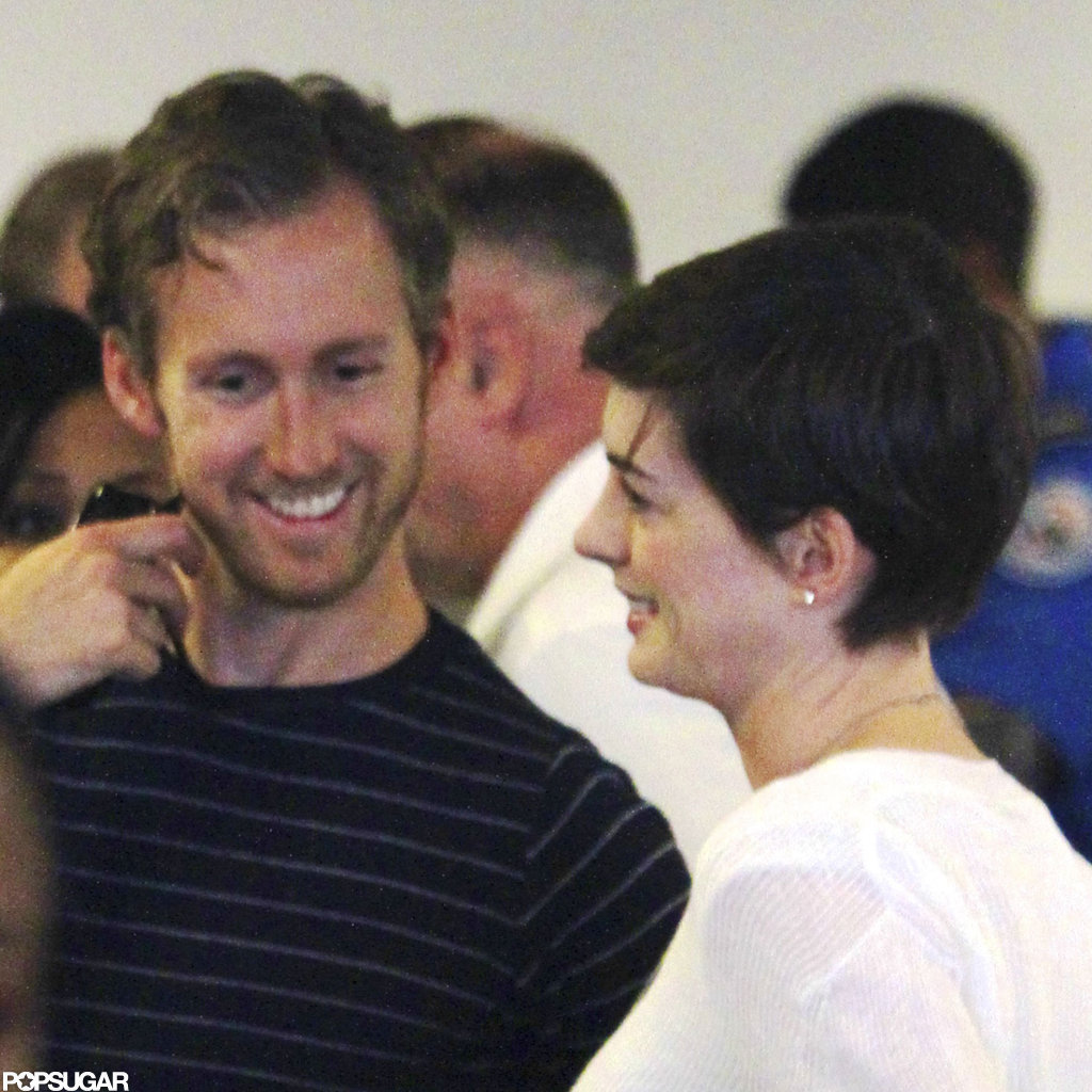 Anne Hathaway and Adam Shulman Take Off as Newlyweds