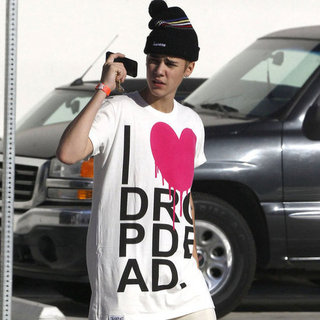 Selena Gomez and Justin Bieber Wearing Hearts | Pictures