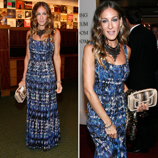 Add some reptilian flair to your Fall wardrobe with Sarah Jessica Parker's snakeskin clutch.