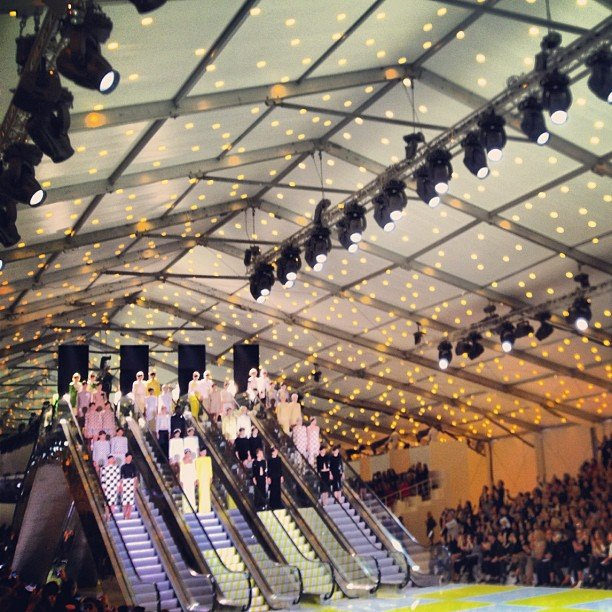 Rumi Neely captured the magic of the Louis Vuitton show at Paris Fashion Week with this snap. Source: Instagram user rumineely