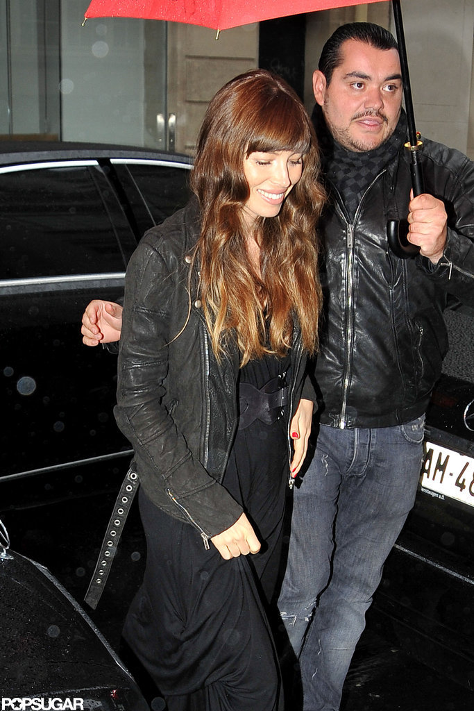 Jessica Biel arrived back at her hotel in Paris wearing an all-black ensemble.