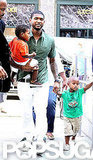 In August 2010, Naviyd and Usher V accompanied their dad to his performance on the CBS Early Show.