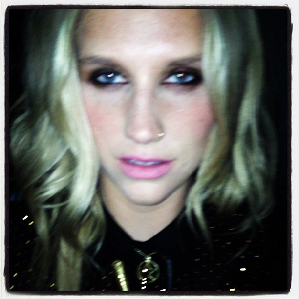 Ke$ha showed off her smoky makeup look. Source: Instagram user iiswhoiis