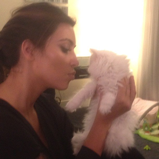 Kim Kardashian cuddled with her cat Mercy. Source: Instagram user kimkardashian