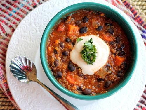 Black Bean, Sweet Potato, & Quinoa Chili