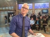 Alexa Chung turned the tables on host Anderson Cooper. Source: Twitter user alexa_chung