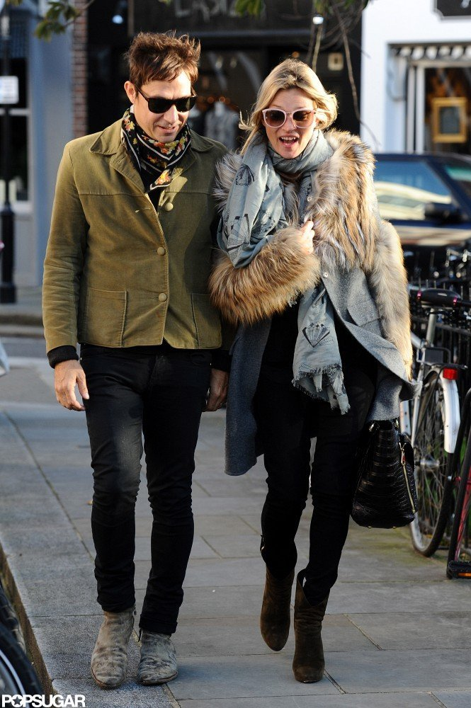 Kate Moss and Jamie Hince chatted in London.