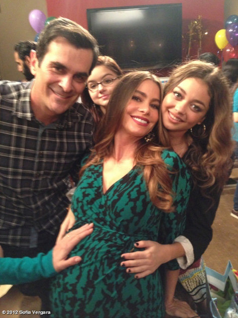 Everyone put a hand on Sofia Vergara's belly on the set of Modern Family. Source: Sofia Vergara On WhoSay