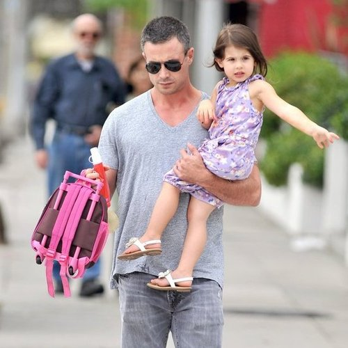 Freddie Prinze Jr. and Charlotte Prinze Walking in LA | Pictures