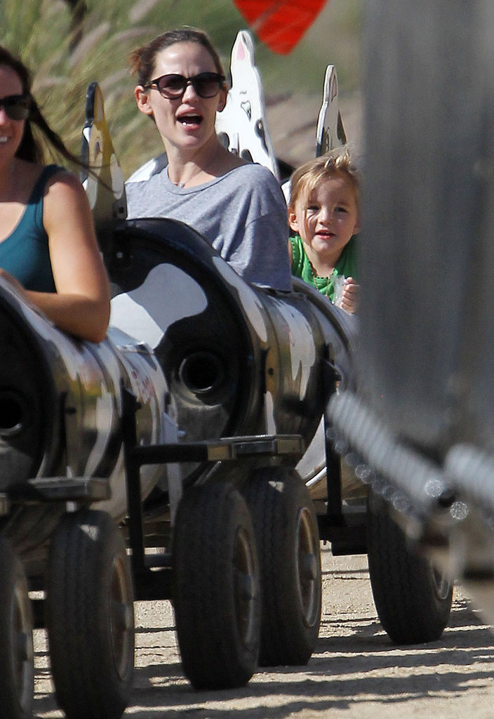 Jennifer Garner and daughter Seraphina enjoyed a day together in LA.