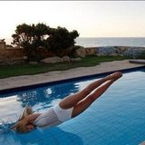 Bar Refaeli took a dive. Source: Instagram user barrefaeli