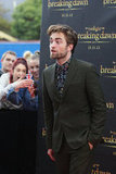 Robert Pattinson appeared at a fan event in Sydney to promote Breaking Dawn - Part 2.