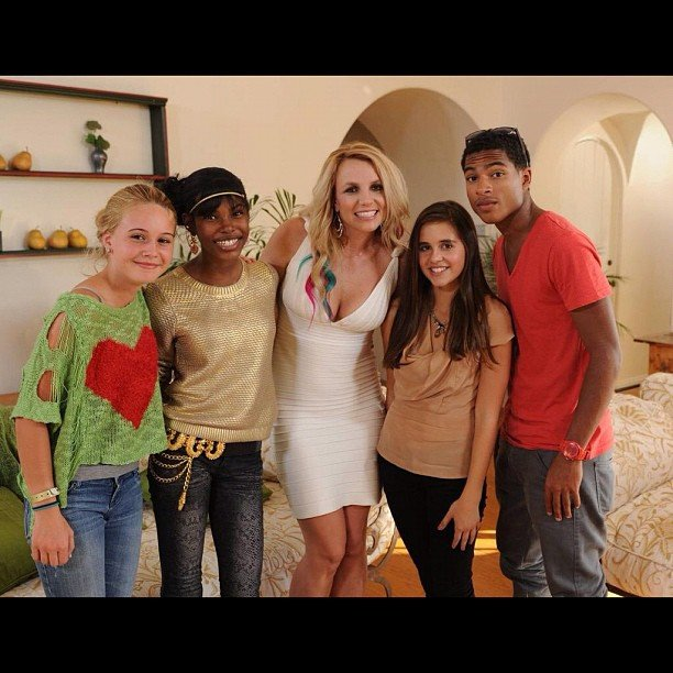 Britney Spears took a team picture with her final four on The X Factor. Source: Instagram user britneyspears