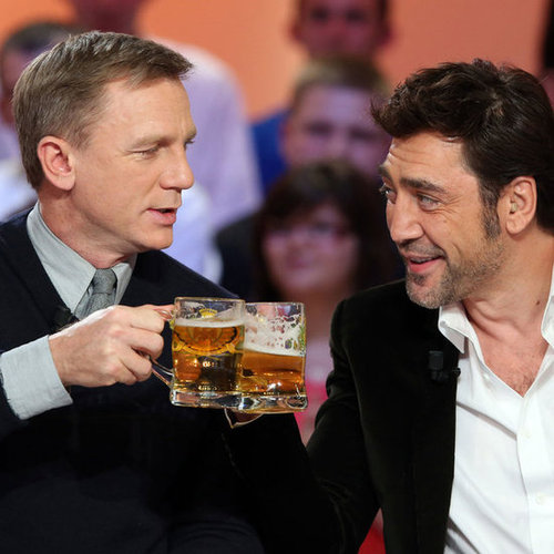 Daniel Craig and Javier Bardem Cheers With Beer on TV