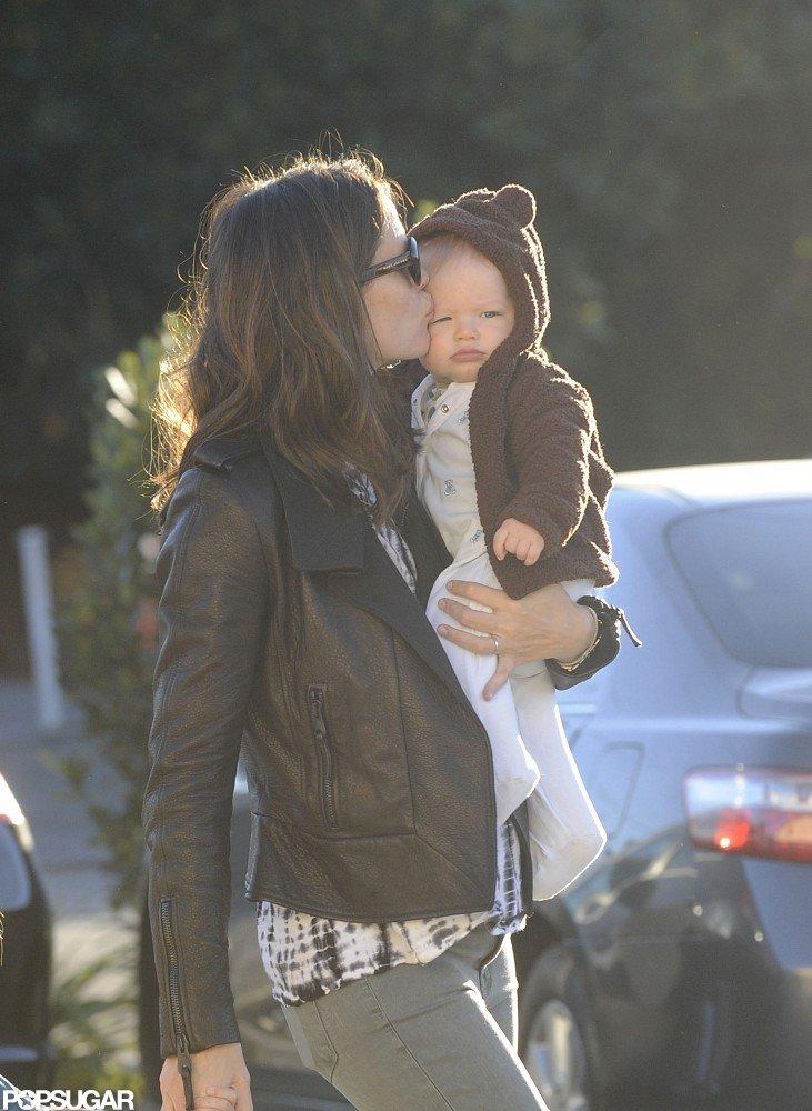 Jennifer Bundles Up Baby Samuel For Breakfast With Seraphina