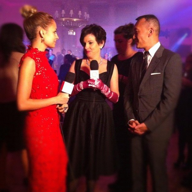 Nicole Richie looked ravishing in red as she chatted to US Elle creative director Joe Zee. Source: Instagram user nicolerichie