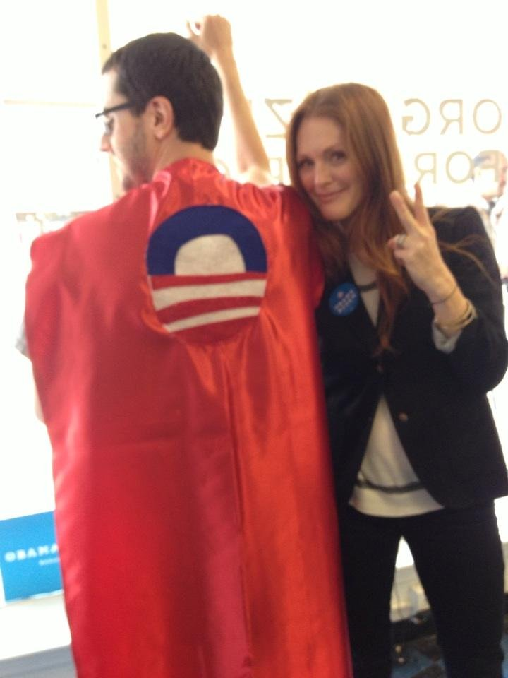 Julianne Moore campaigned for President Obama's re-election in Virginia.  Source: Twitter user _juliannemoore