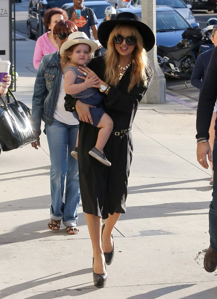 Rachel Zoe carried Skyler in LA.